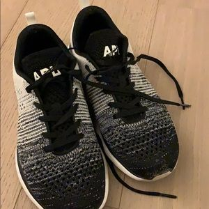 APL Sneakers- Excellent condition!!